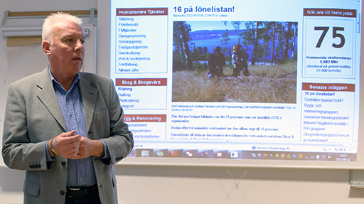 Peter Iwarsson informerar på arbetsförmedlingen Foto © Anders Byström http://suzanders.se