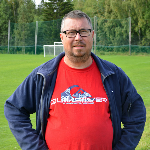 Leif Bergkvist, vaktmästare hos BK Örnen på sommarhalvåret och Järveds IF under vintern. Foto © Anders Byström http://suzanders.se