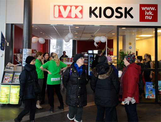 Det var 700 intresserade Ö-viks bor som besökte Rese Centrum i samband med invigningen. Foto © Anders Byström på http://smartfix.se